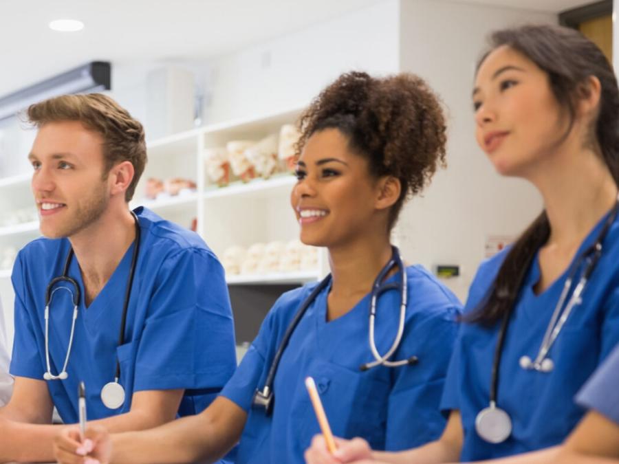 将护理重新纳入医疗培训